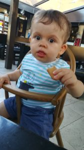 scaun bebe taverna sarbului